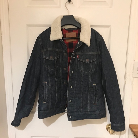 Levi's down trucker jacket with flannel lining